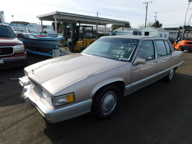 Imagen 1 de Cadillac Fleetwood gold