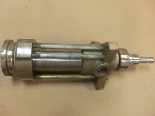Graco 222-801 Displacement Pump 3400psi             KMGM