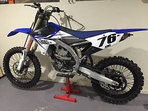 YZF 450 2014 with Riding Gear. Greenbank Logan Area Preview
