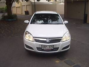 HOLDEN ASTRA CD EQUIPE HATCH AUTOMATIC LOG BOOKS College Park Norwood Area Preview