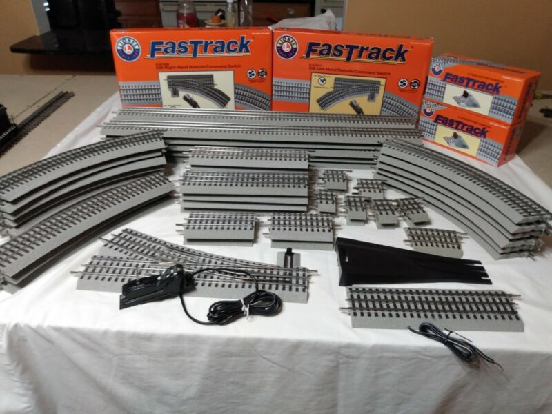 Lionel Fastrack Lot of 60 pieces!