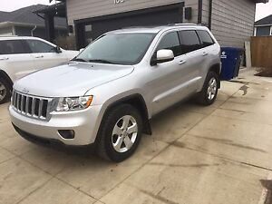2012 Jeep Grand Cherokee-Leather, Sunroof, 97K --$24,500