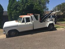 Ford F-250 tow truck 351 Cleveland dual fuel project East Maitland Maitland Area Preview