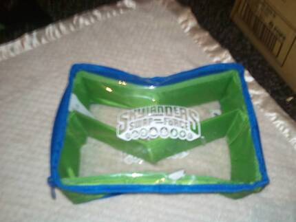 Skylanders Mini Show and Go Case