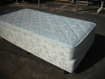 EXCELLENT KING SINGLE MATTRESS AND BASE ENSEMBLE*FIRM CHIRO REST Cartwright Liverpool Area Preview