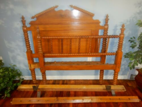 Victorian 1880s Spool Bed Great for a Bench Conversion 3/4 size