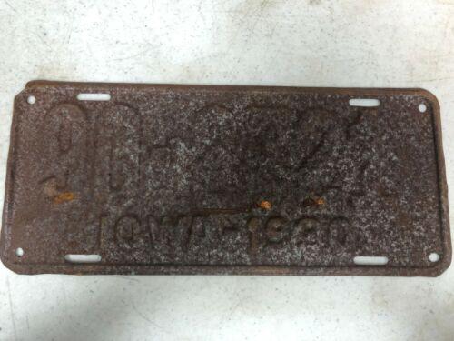 1930 IOWA Wapello County License Plate 90-2721
