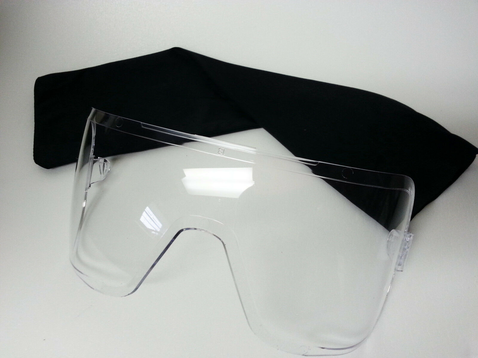 Avon Clear Outsert Assembly 70501-156 Fits C50 FM50 FM53 Gas Mask Lens