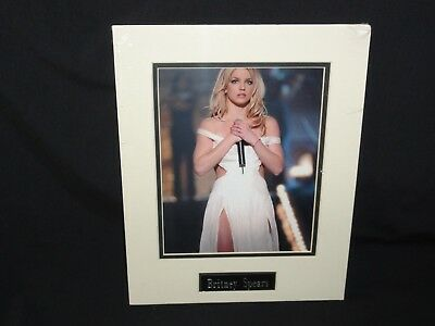 "Britney Spears - Singing, Photo 8"" x 10"""