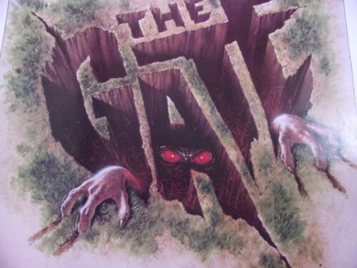 THE GATE Original THEATER-USED Movie Poster 27x41 Rolled One Sheet SS - C4