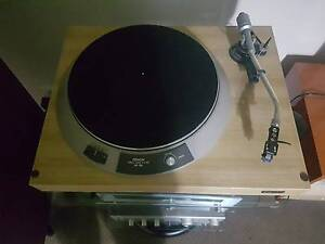 Denon dp 790 direct drive turntable Toolern Vale Melton Area Preview