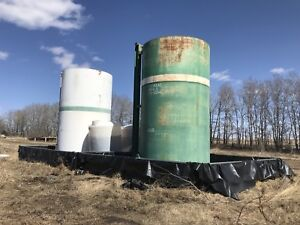2 - 400 BBL Tanks w/ separate secondary containment's