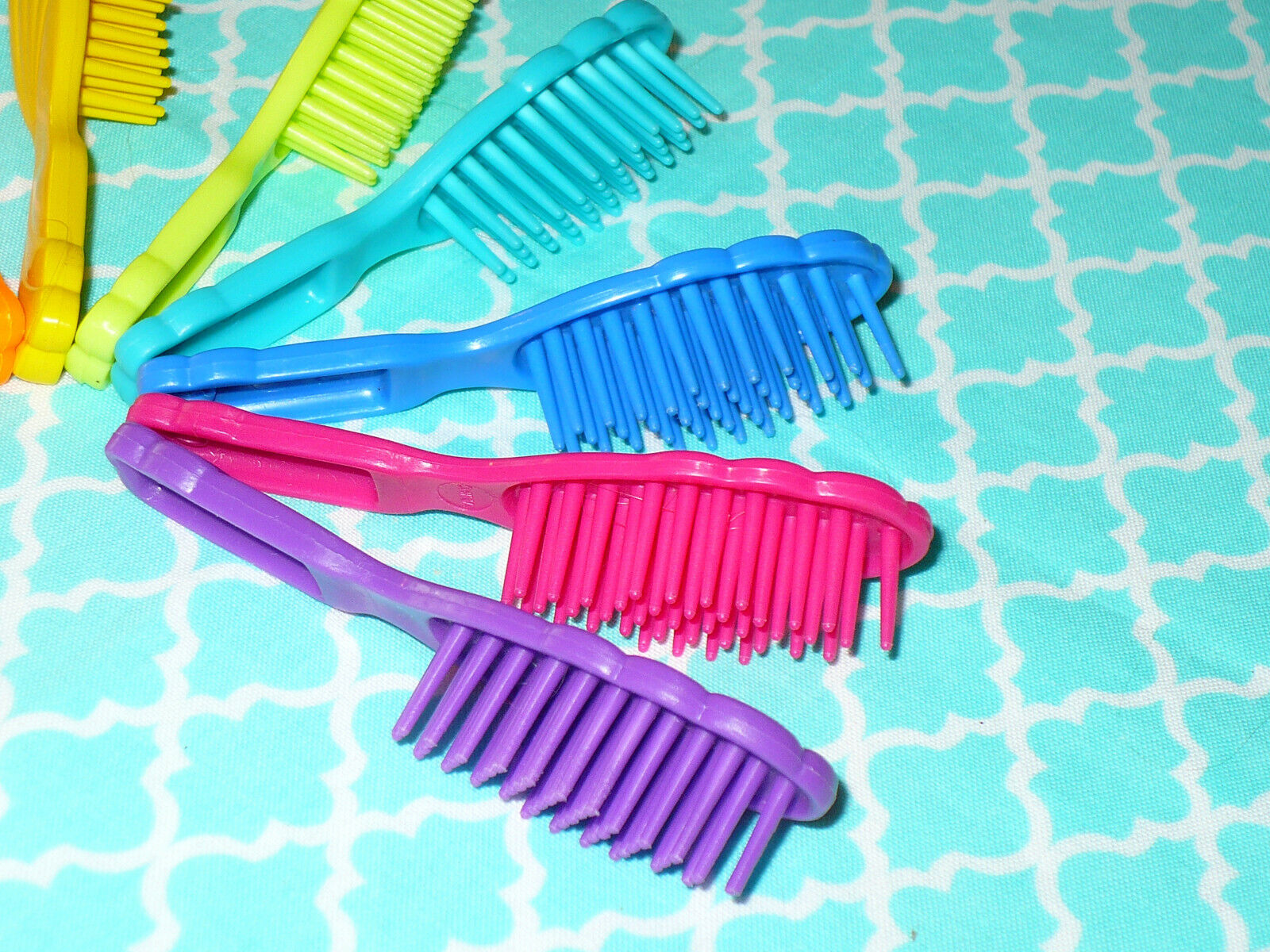 Mattel Barbie Doll Accessory Lot Of 8 VINTAGE 80 s 90 s HAIRBRUSHES Hair Brushes - $11.99