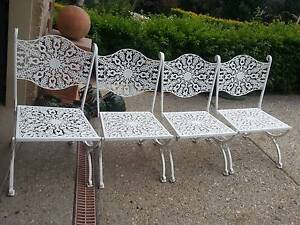 SET OF 4 VINTAGE METAL OUTDOOR /GARDEN CHAIRS - WHITE G.C. Murrumba Downs Pine Rivers Area Preview