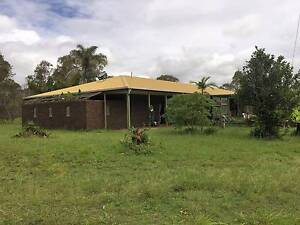 Massive 4 Bed + Study on 50 Acres Rosedale Gladstone Area Preview