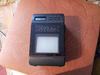 ** Rarität! Tragbarer Mini TV Black & White mit FM/AM Radio Set /Clock**