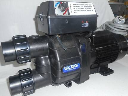 Spa pump with heater