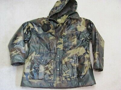 ccc4b9aa9907a Camoflauge hooded hunters rain coat by Duck Bay excellent condition size M