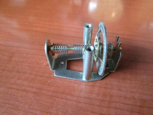 NEW OLD STOCK HERMLE CLOCK MOVEMENT FLOATING BALANCE PART  (601E)