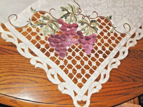 Clusters of Grapes Table Topper