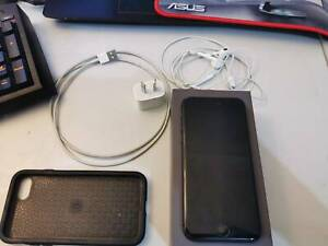 Used İ phone 8 Black 64 GB excellent condition