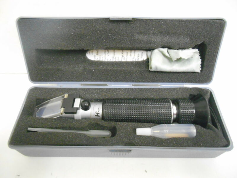 Extech RF11 Portable Refractometer