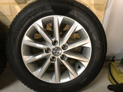 Toyota Rims an Tyres