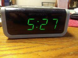 VINTAGE-Emerson Alarm Clock with Smart Set-AM FM Radio - Emerson Model CKS1702