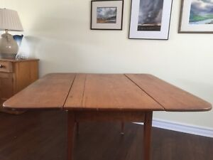 Drop Leaf  pine Table