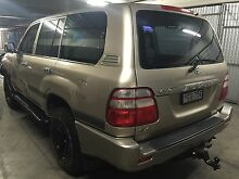 Toyota land cruiser 2004 model 4.7 litre V8 8 seater low Klms Beaumont Hills The Hills District Preview