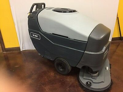 Advance 34rst Floor Scrubber