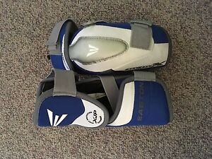 Easton Jr large hockey elbow pads