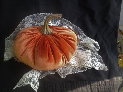 """Victorian Velvet Stuffed Pumpkins Soft Filler 7"""""""