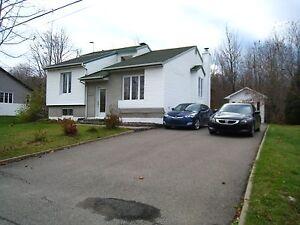 Maison - à vendre - Saint-Jérôme - 20724082