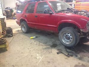 1998 gmc jimmy parting out