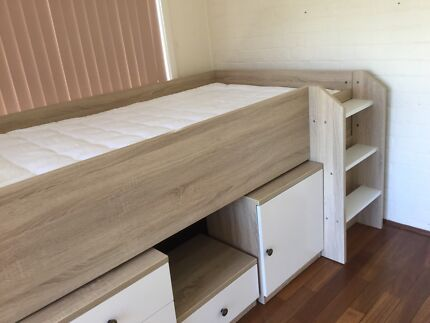 Childs bed suite Shenton Park Nedlands Area Preview