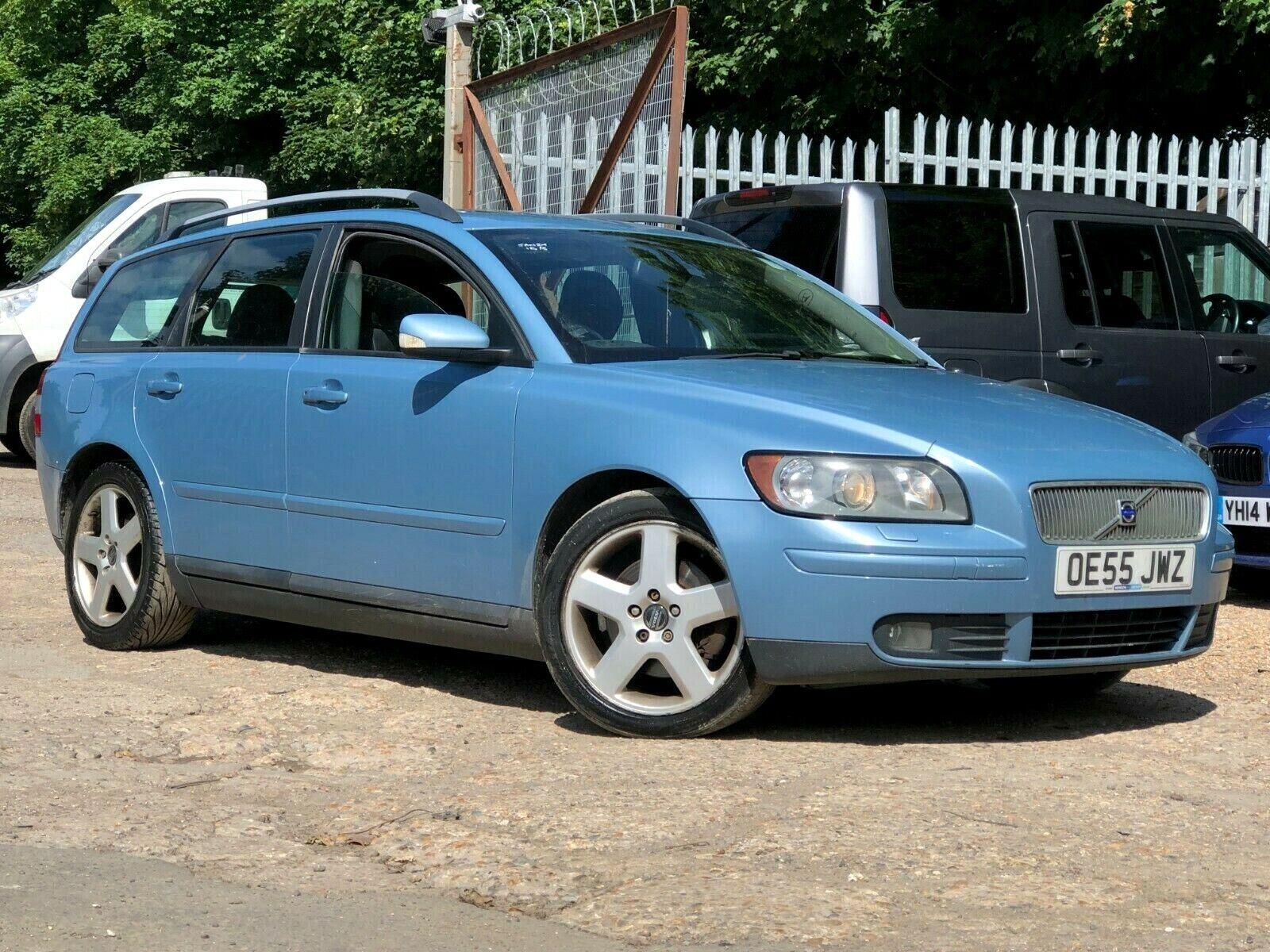55-VOLVO-V50-20-D-SE-STUNNING-SPEC-LEATHER-CLIMATE-EROOF-CRUISE-CD-ETC