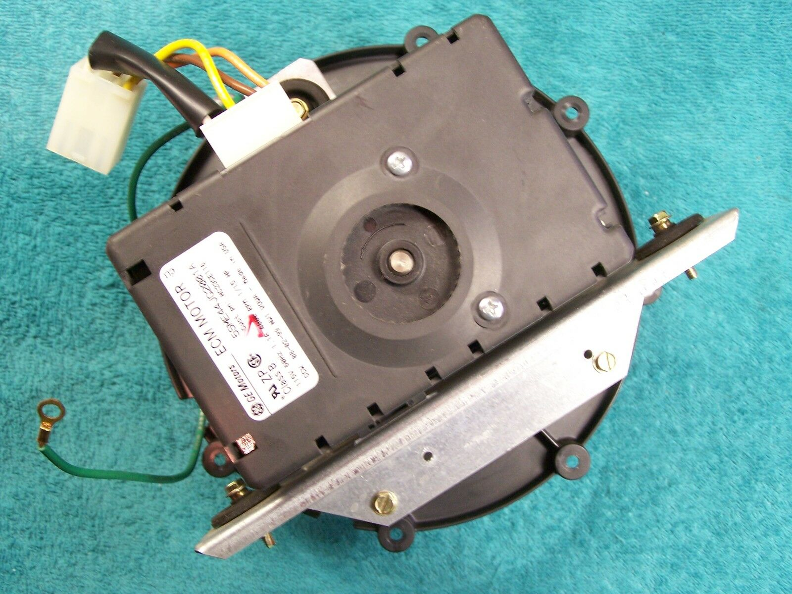 Carrier bryant hc23ce116 oem ecm inducer motor assembly for Bryant inducer motor replacement