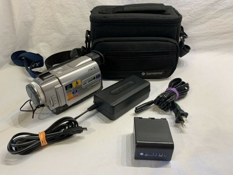 Working Sony Handycam DCR-TRV11 Mini DV Camcorder Digital Video Player Transfer
