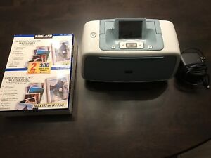 New HP Photosmart 526 c/w photo paper and a/c power adapter