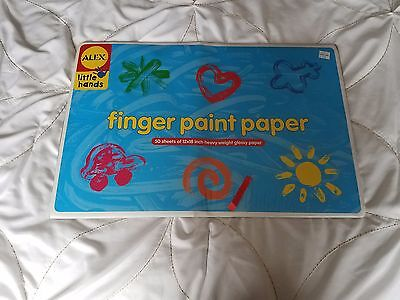 NEW NIP Alex Little Hands 50 Sheets of 12 x 18 Inch Heavy Weight Glossy Paper