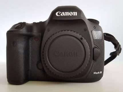 Canon 5Dmk3 Pristine, low count, best bargain here.