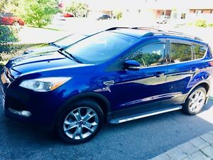 FORD ESCAPE SEL *full equip* pneus d'hiver inclus!