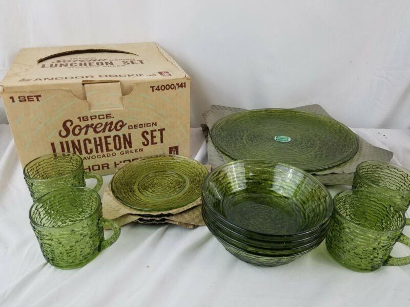 Vtg 16 Pc Anchor Hocking Luncheon Set Soreno Design Avocado Green with box