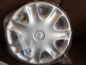 GENUINE HOLDEN WHEEL HUB CAP 15INCH NOS #****2393 Morisset Lake Macquarie Area Preview