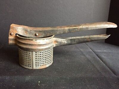 Antique Vintage Kitchen Utensil Juicer