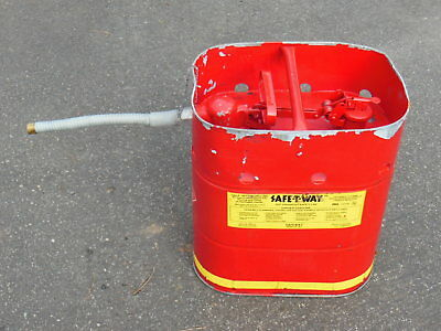Safe-t-way Jerrican Fuel Container W Quick Release - 5 Gallon Flex Spout Used