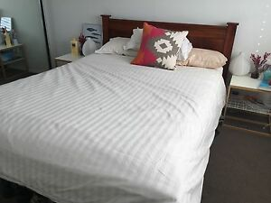 Queen - Wooden bed Randwick Eastern Suburbs Preview