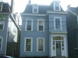 ONE BEDROOM IN THE SOUTH END OF HALIFAX  JULY 1ST
