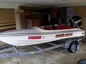 Dancraft Water Ski boat Mercury 135hp trade HSV Clubsport Reedy Creek Gold Coast South Preview
